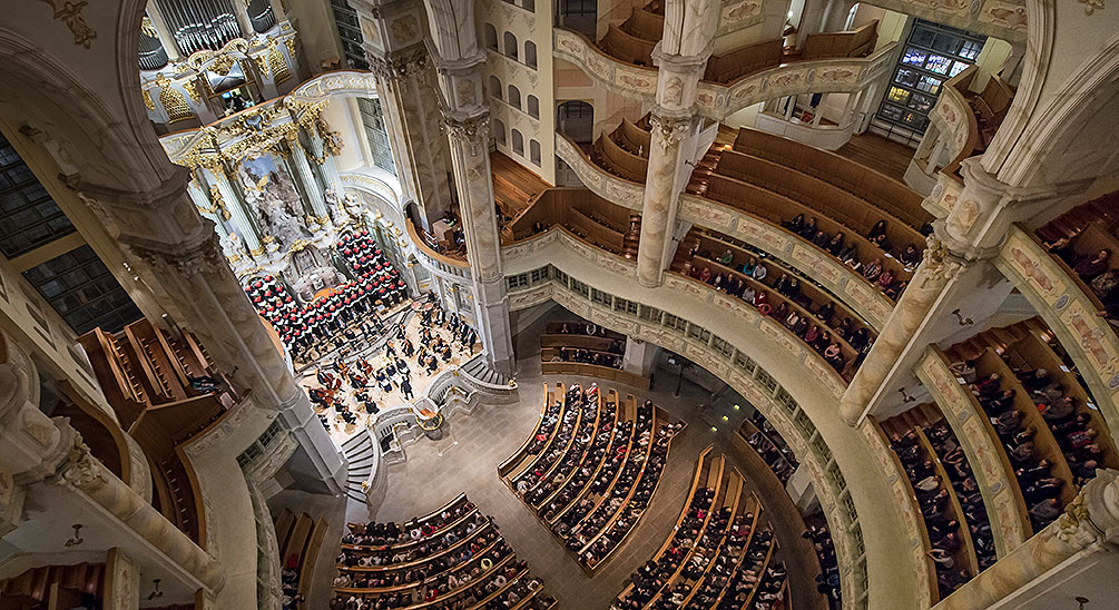 A concert in the Frauenkirche Dresden – classic sounds in a Baroque setting