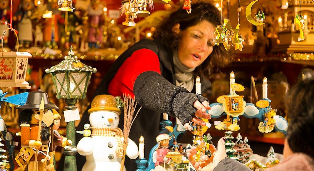 The Joys Of Christmas.The Joys Of Christmas Shopping Exquisite And Original